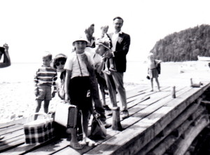 Reaney and Beckwith families' summer visit to Tobermoray, Ontario (August 1962)